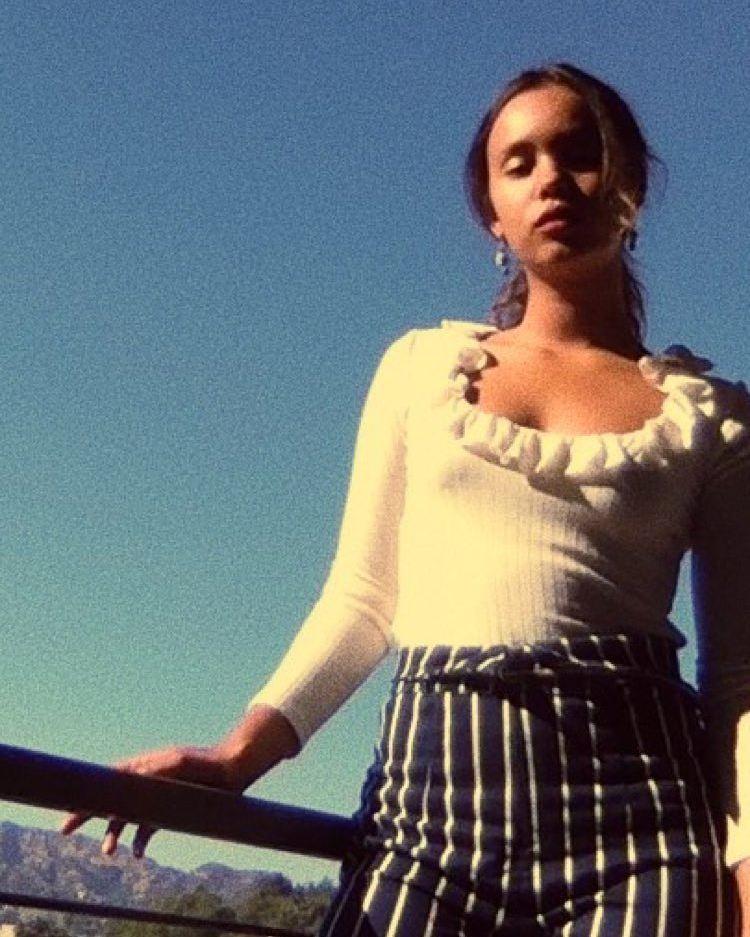 Самые горячие фото Алишы Бо в сети