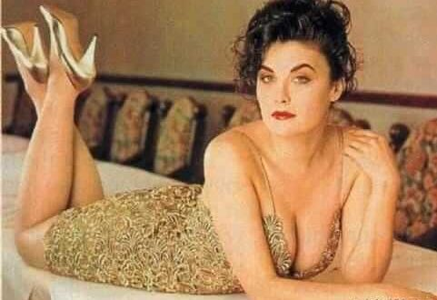 The Hottest Sherilyn Fenn Photos Around The Net