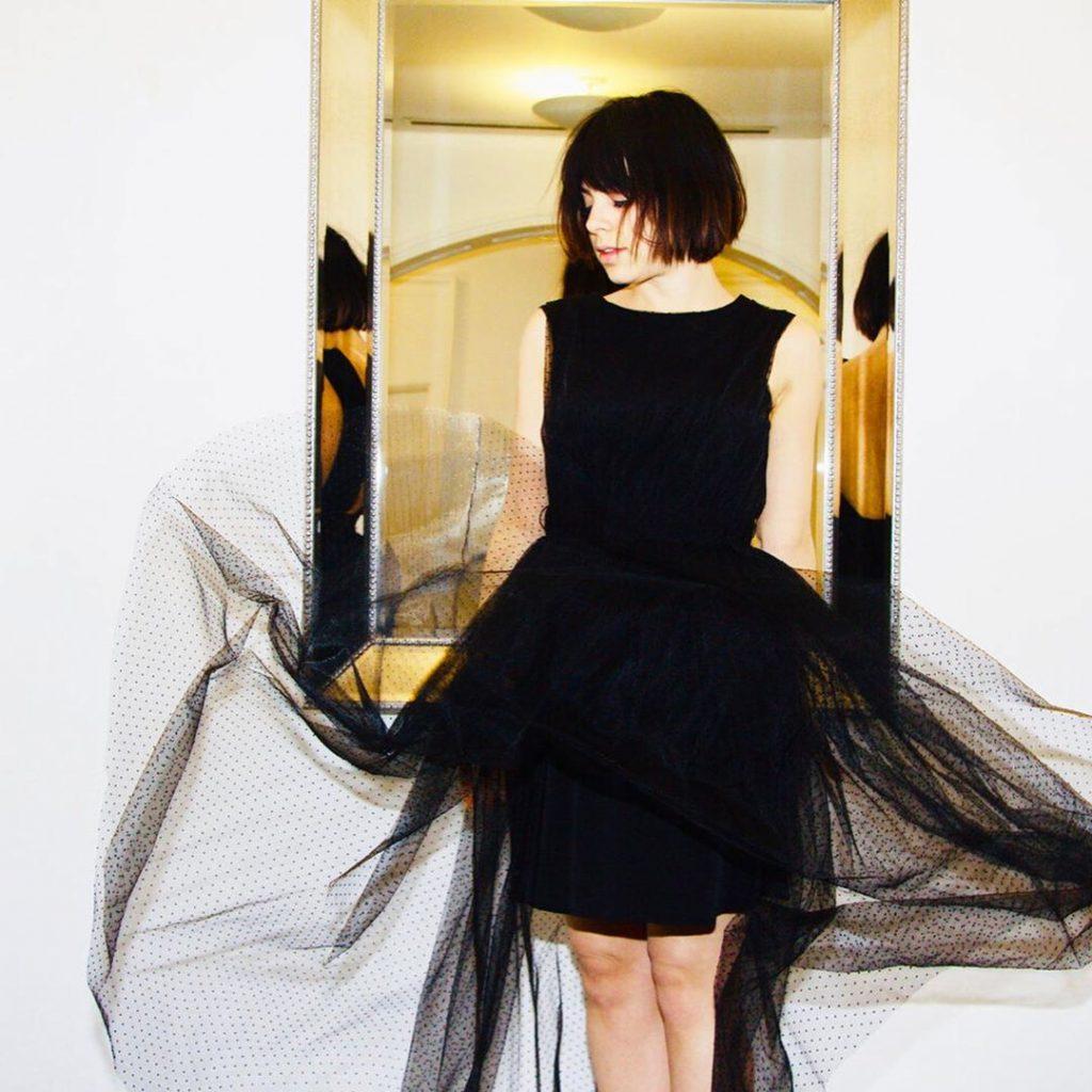 Самые горячие фото Кристы Родригес в бикини