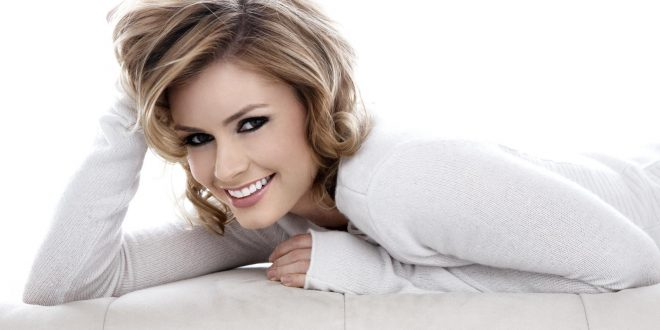 The Hottest Brianna Brown Photos Around The Net