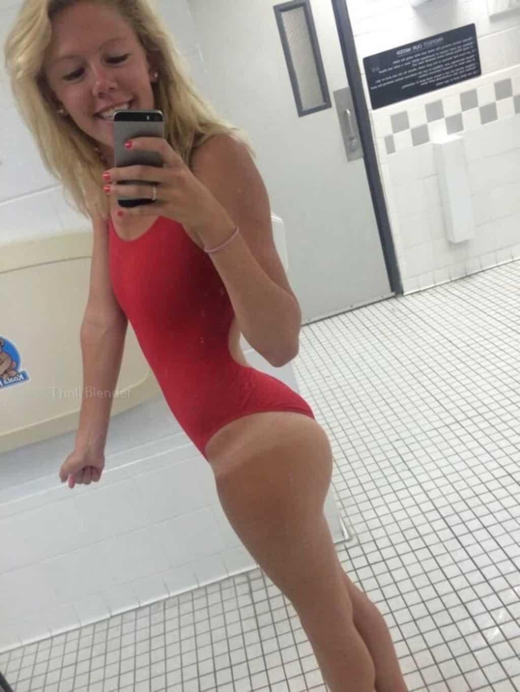 40 горячих девушек в бикини