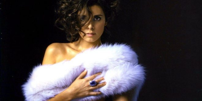 37 Sexy And Hot Jamie Lynn Sigler Photos